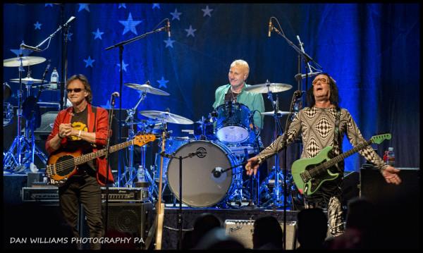 Richard Page, Gregg Bissonette and Todd Rundgren a